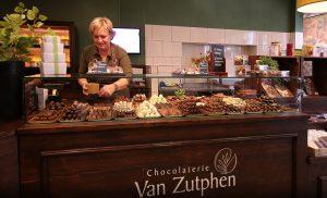 Ambachtelijke handgemaakte chocolade en bonbons bij Chocolaterij van Zutphen in Losser